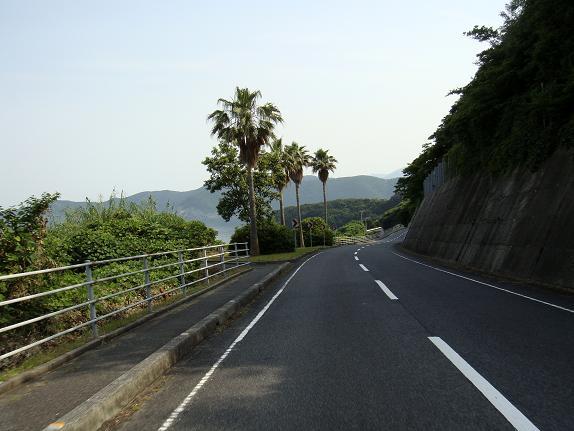 9 外までの道.JPG