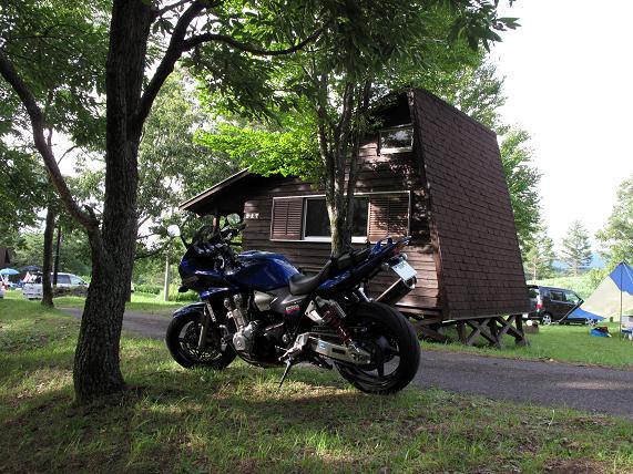 そういえばキャンプ場にバイクで来たこと無い.JPG